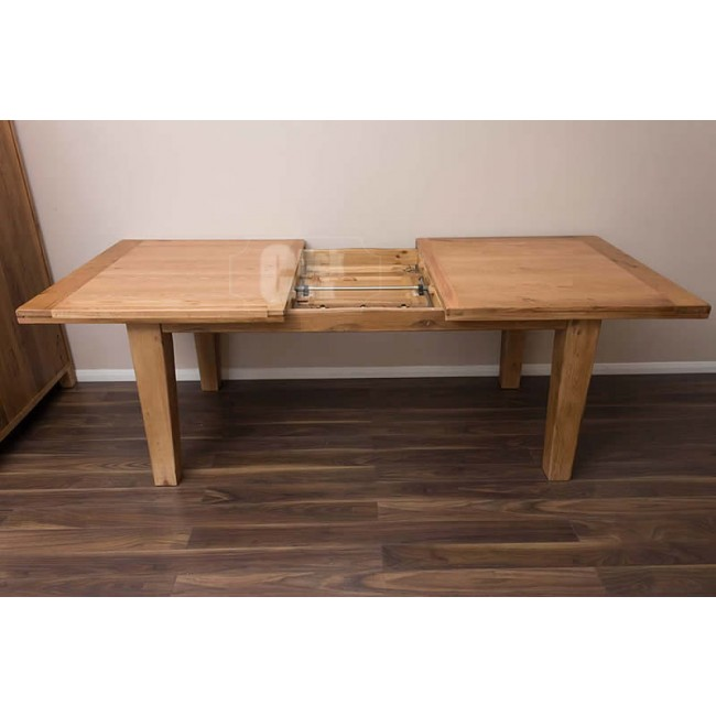 Rustic oak large extending dining room table and chairs for Oak dining room table