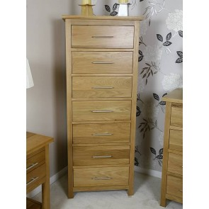 Free Standing Oak Chest Of Drawers